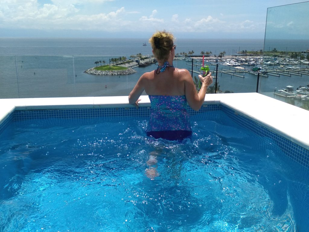 Private Rooftop pool in Nayri Penthouse